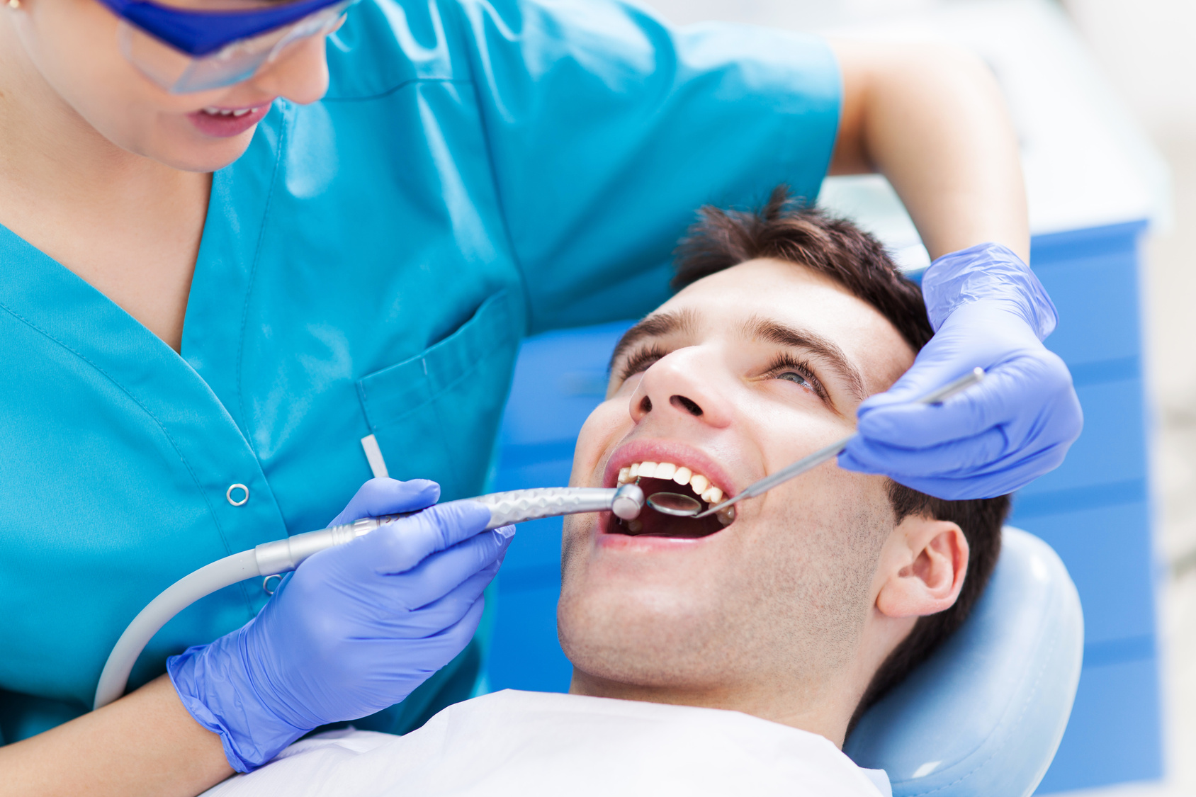 Options For Teeth Replacement Available Everywhere